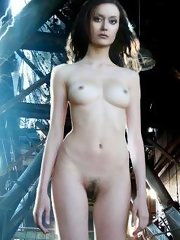 Beautiful ass and tits - Summer Glau defenetely has something to show for all sci-fi fans!
